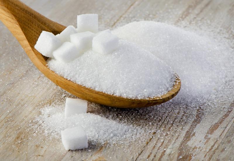 Risultati immagini per zucchero alimento